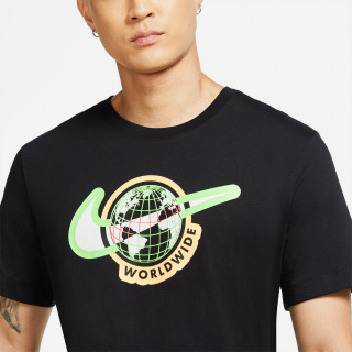 M NSW SS TEE SWOOSH WORLDWIDE